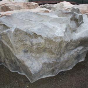 Faux rocher 230x170x120cm